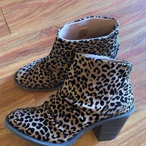 Just Listed ❤️Blowfish Cheetah Booties